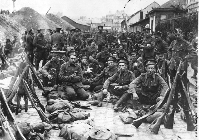 B.E.F. soldiers arrive in France