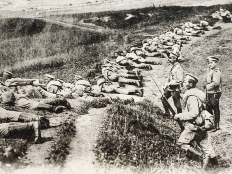 Russian doctrine placed as many troops as possible at the front line to repel attacks. This made them vulnerable to massed artillery fire