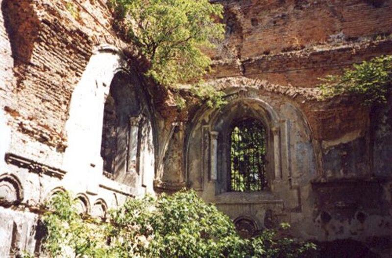 The ruins of Sokal's synagogue today. Photo via Daniel Abraham