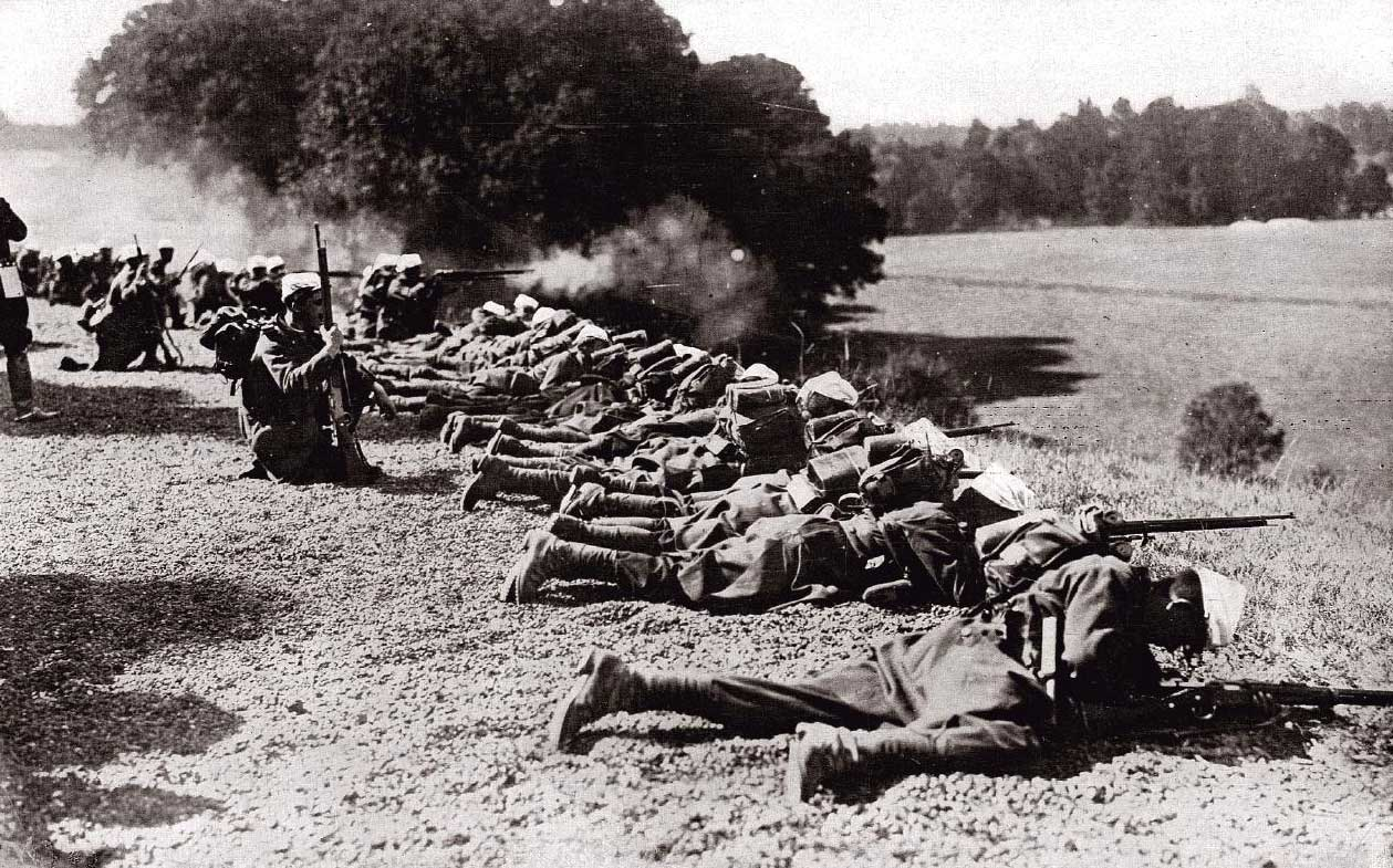 A French front line at the Marne. Soldiers are already learning to stay low and fight with cover and concealment