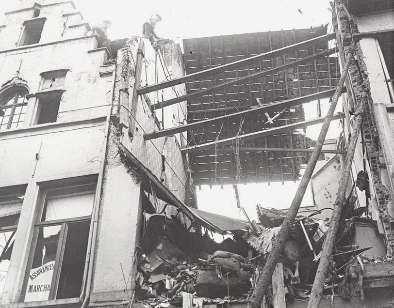 Zeppelin bombing damage to a private home in Antwerp