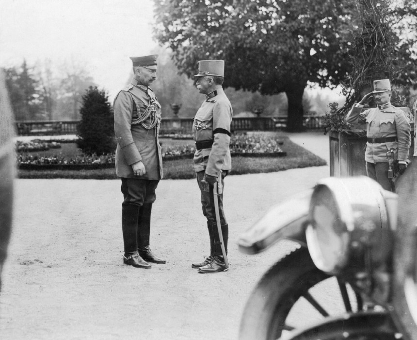 Field Marshall Conrad von Hötzendorf meets the German Kaiser in 1915
