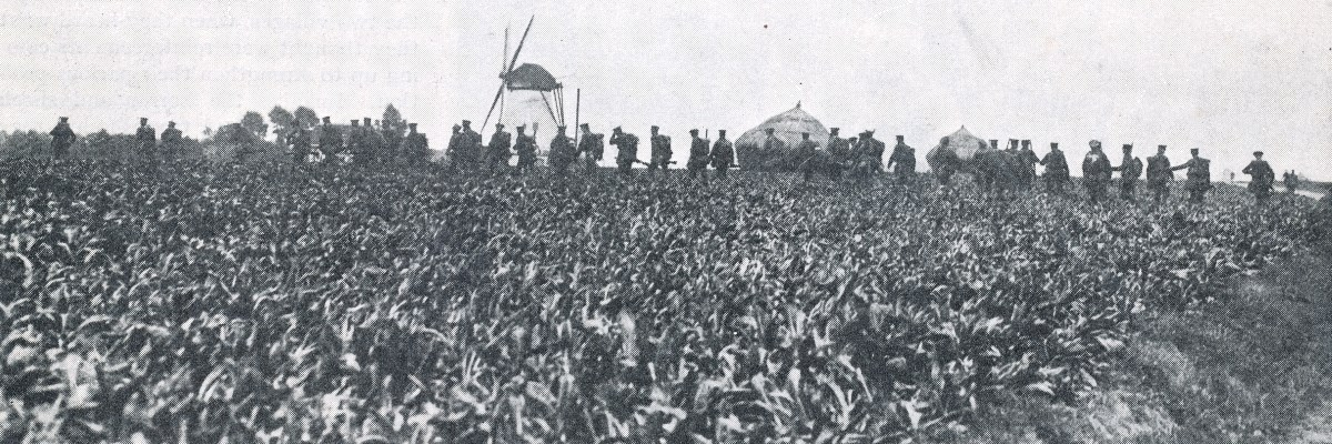 bef_troops_advance_across_flanders_under_cover_of_artillery_fire_winter_1914