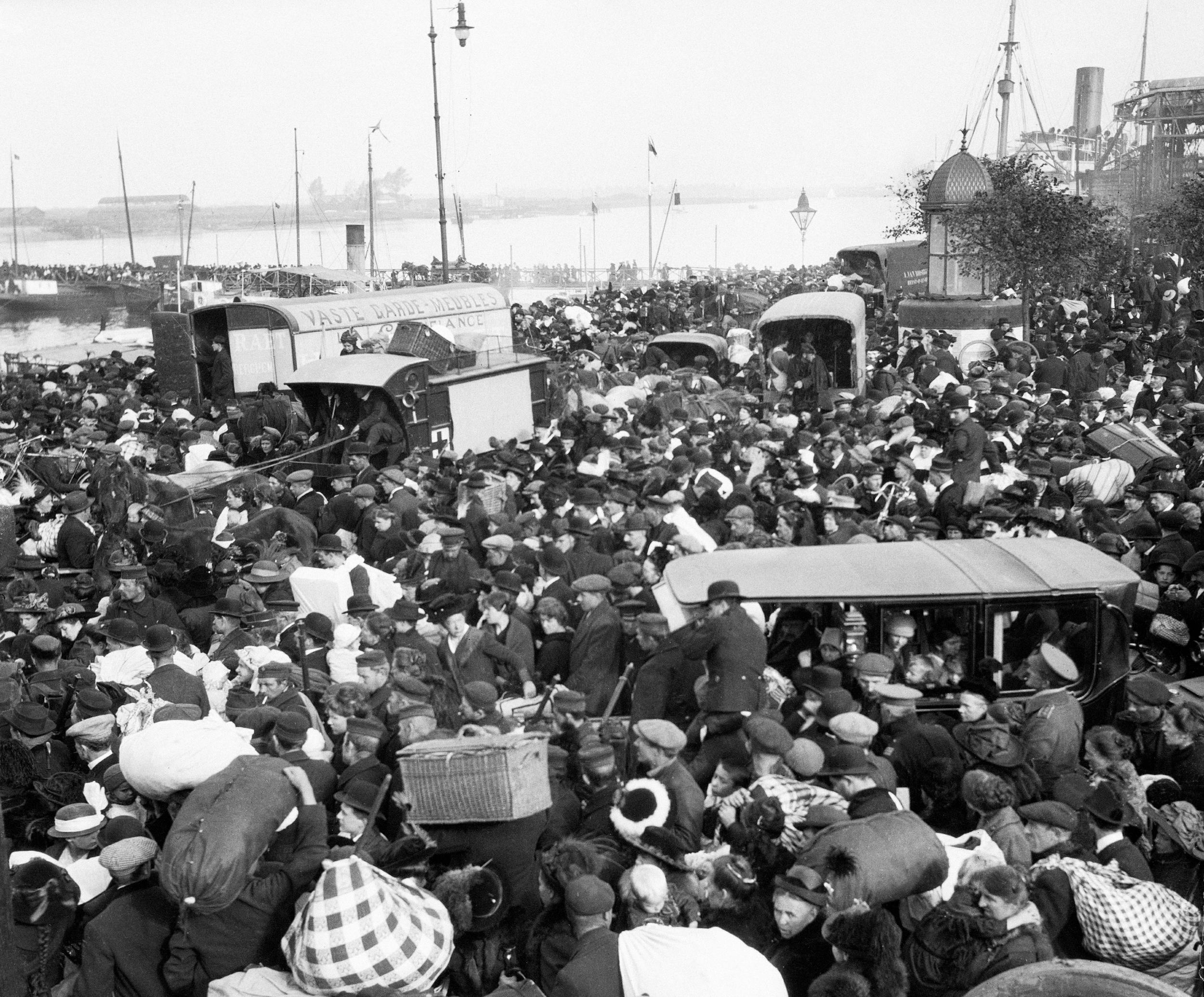 The evacuation at Ghent