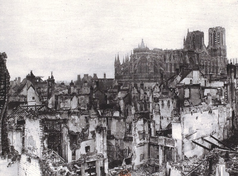 Reims cathedral in 1916