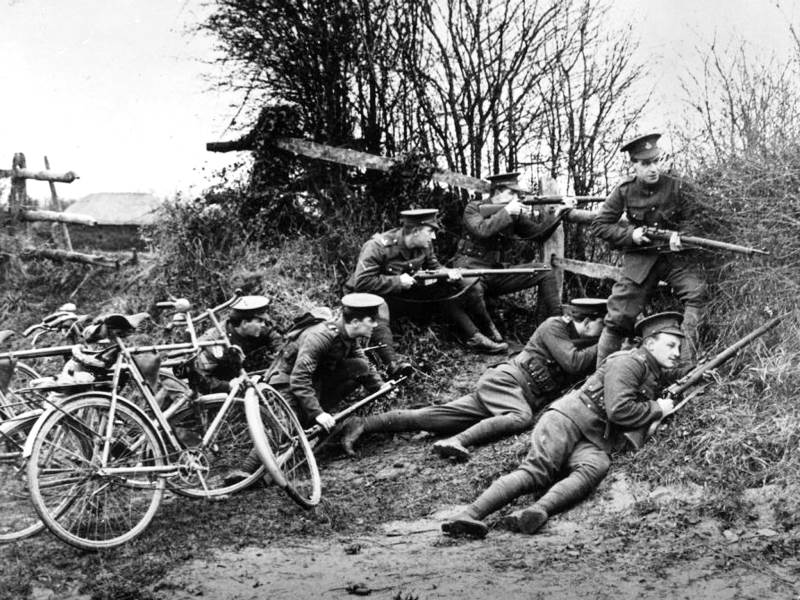 British bicycle troops of 1914. With the war of movement at an end, they became most useful for replacing horses to carry messages