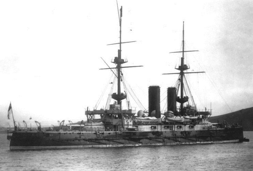 hms_bulwark_1904