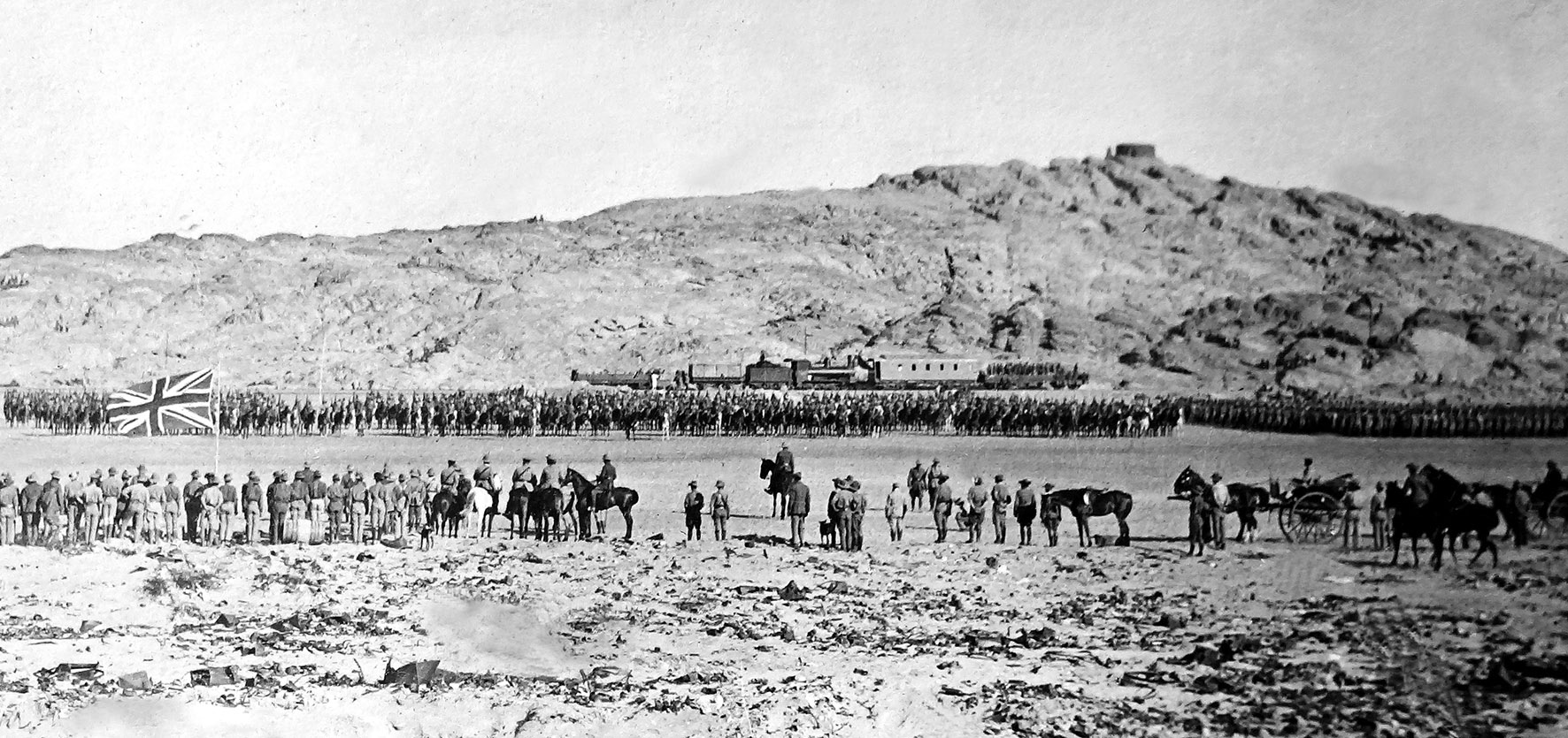 Botha inspects his troops at Lüderitz during the 1915 invasion of German Southwest Africa