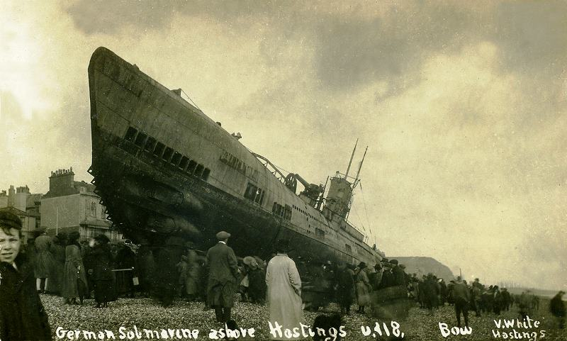 U-118, a minelaying submarine, washed up on Hastings beach after breaking free of her tow rope after the war