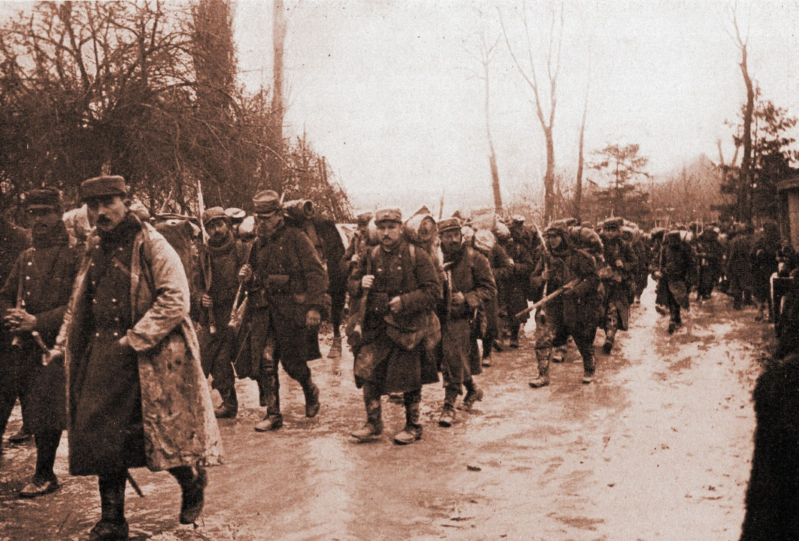 French troops marching in Champagne