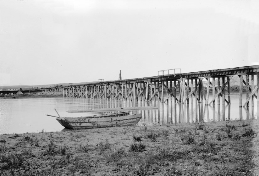 Baghdad_Railway_Euphrates_wooden_bridge