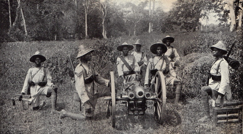 A Gold Coast regiment with a 28mm Vickers QF 2.95 inch Mountain Gun, the main field artillery piece of Dobell's West African Frontier Force (WAFF)