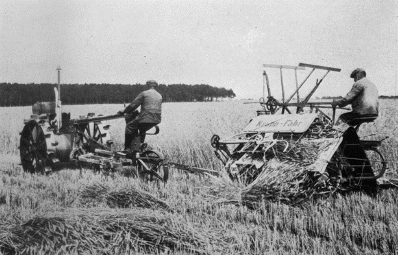 Dated ca. 1910. The transition to labor-saving industrial farming was uneven and far from complete in Germany