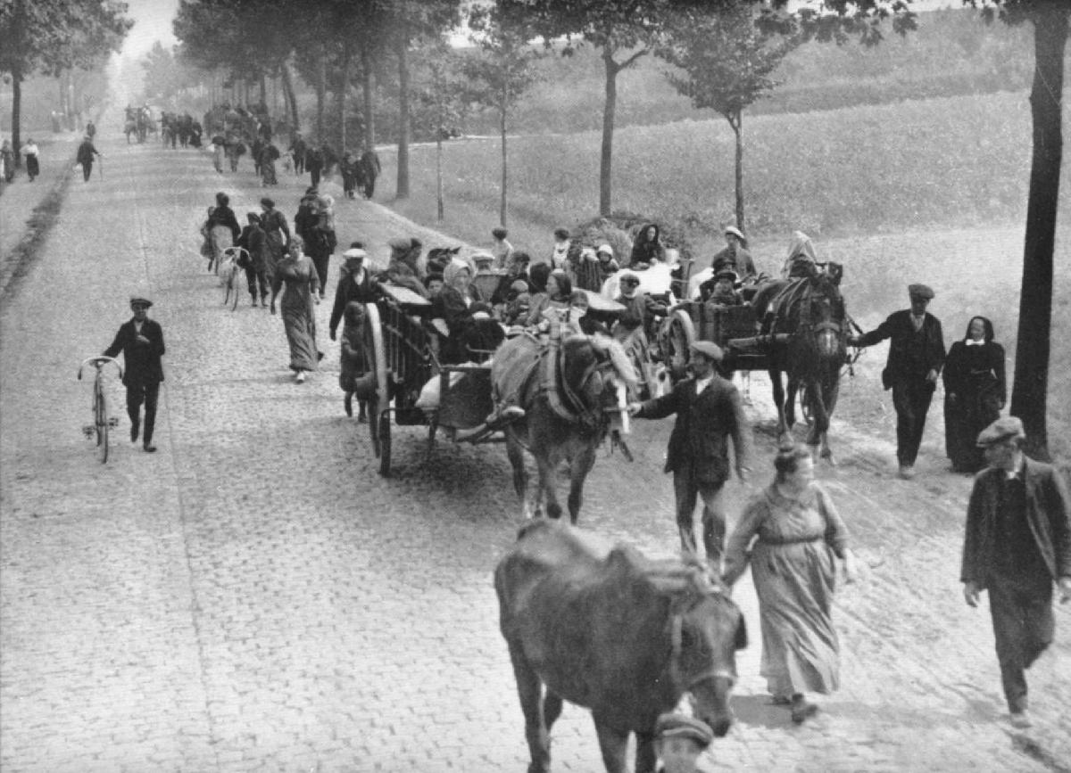 A view of Belgian refugees on a country road