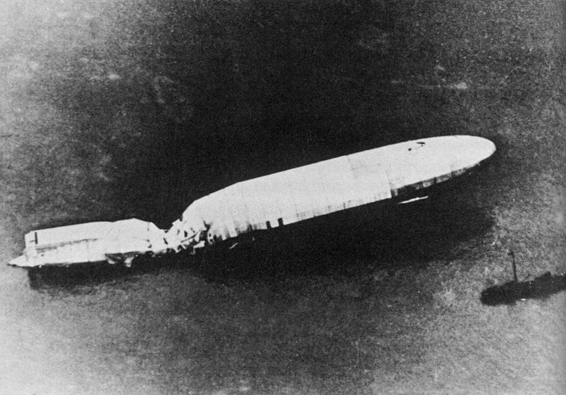 Zeppelin L-12 floats in the English Channel after a bombing raid in 1915