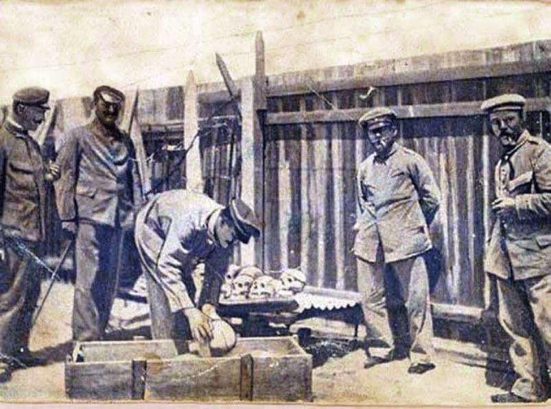 German Schutztruppen packing Herero skulls for 'study' in Berlin