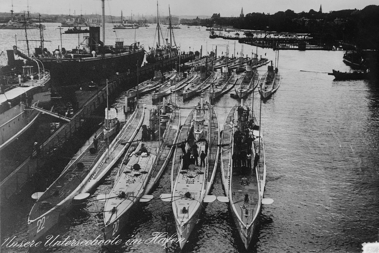 Built on the U-19 model, U-21 is the first boat on the right in the foreground