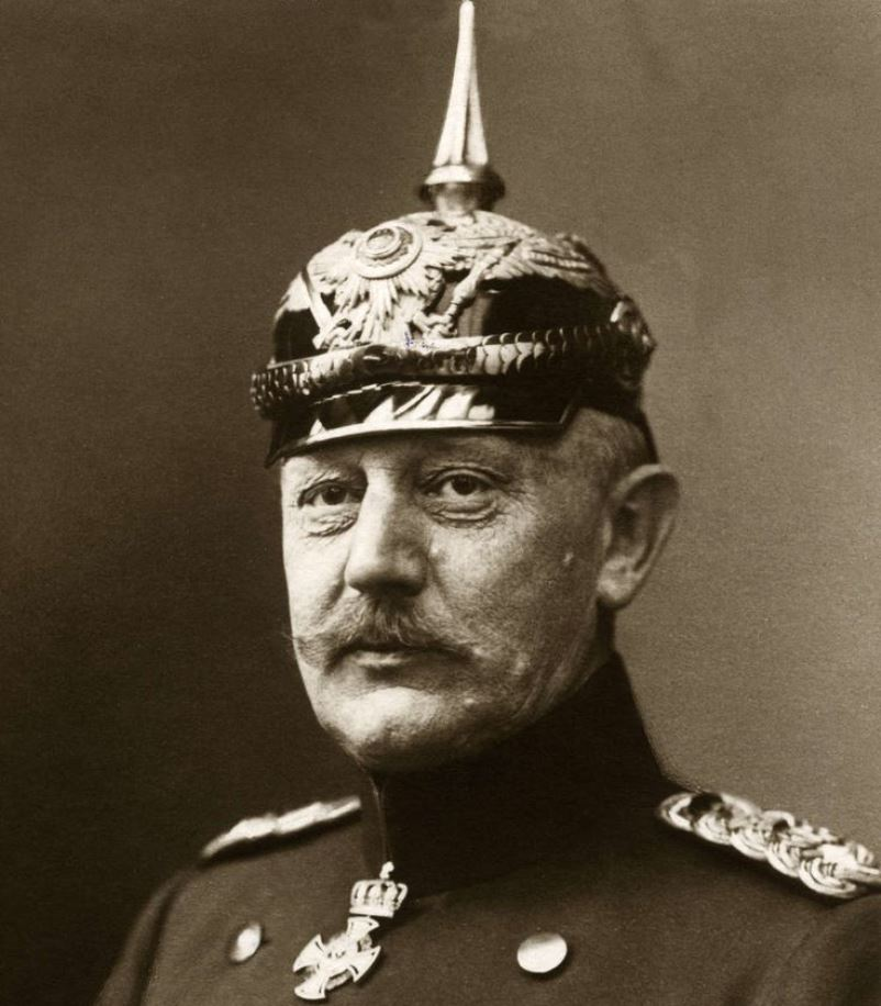 Helmuth von Moltke suffered a nervous breakdown from the weight of his responsibility