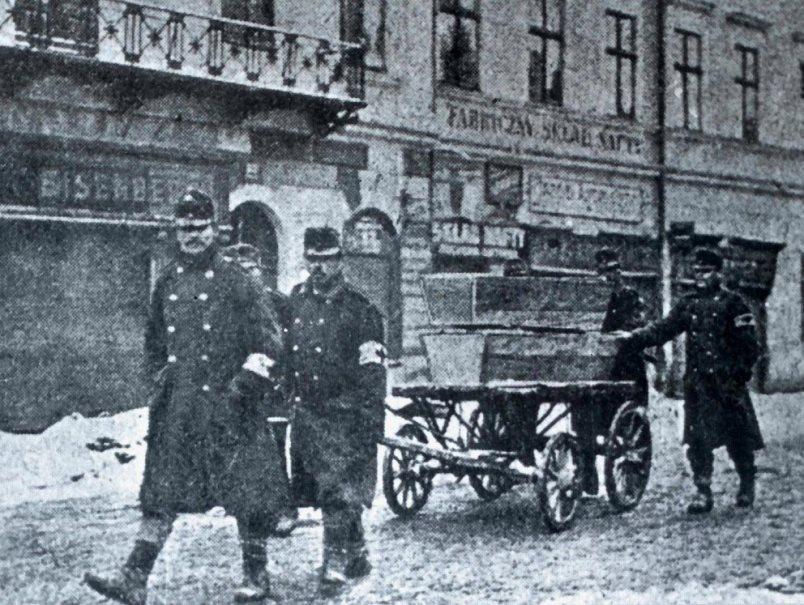 A burial detail in Przemysl