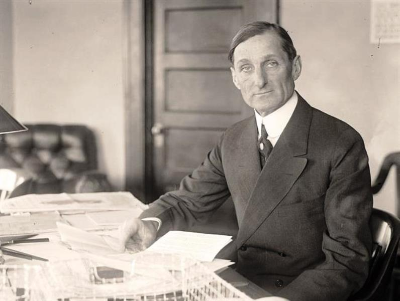 Sec. McAdoo served on the committee that set up the Federal Reserve system