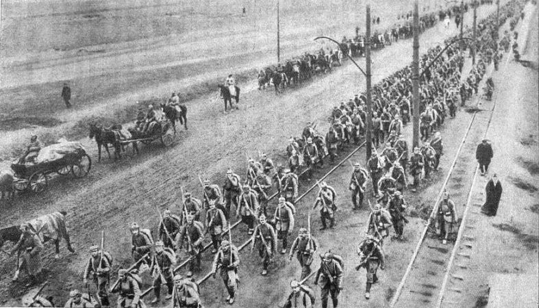 German troops advancing on Warsaw