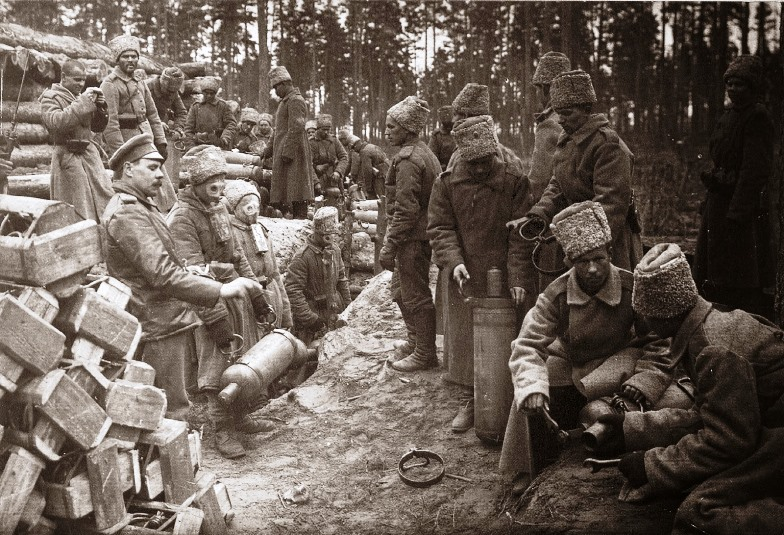Russian troops training for chemical warfare near Ilukste, Lithuania in 1916 with allied equipment