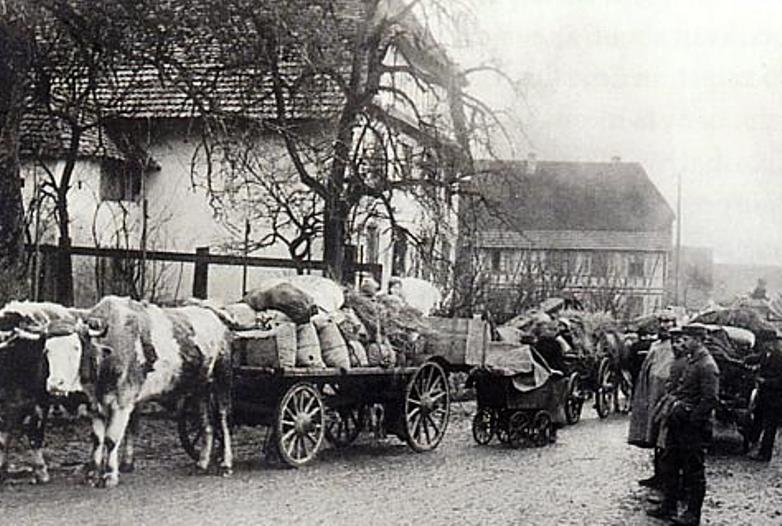 Refugees from Burnhaupt-le-Haut arriving in Heimbrunn on January 1st
