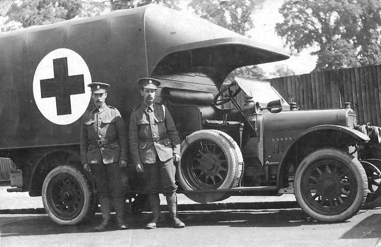 All armies began the war using horse-drawn wagons to evacuate casualties. The rise of motor transport heralds the modern ambulance