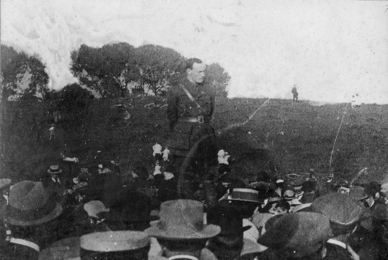 Pearse addressing crowd dolphins barn