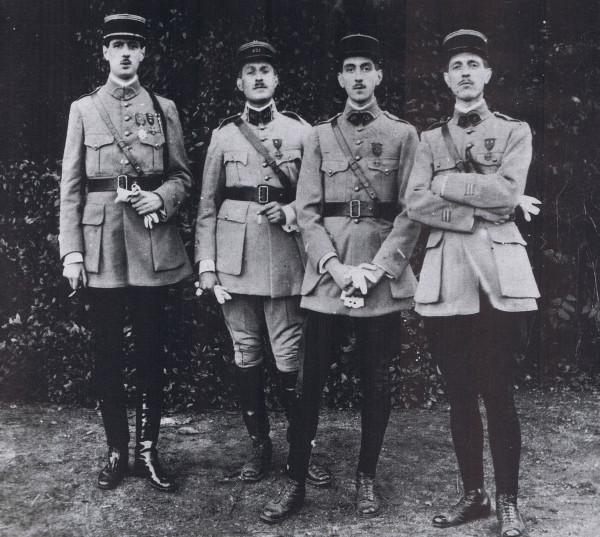 De Gaulle (left) with his brothers